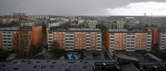Sweden becoming a Lawless Country – Criminal Gangs Set Curfew in Tensta