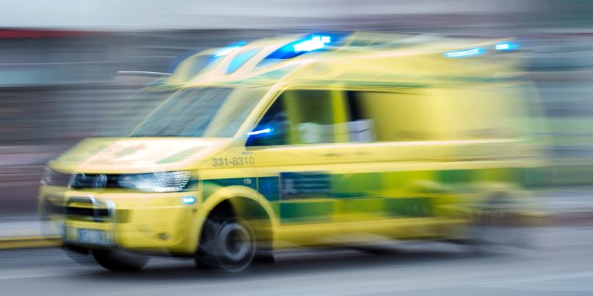 In Sweden Even Ambulances are Attacked in Segregated Neighborhoods